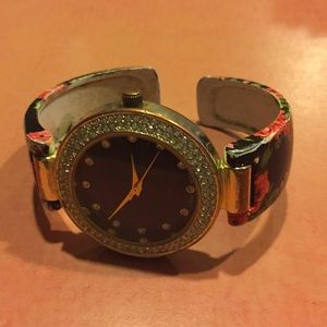 Accessories - Ladies watch, large face, easy to see.